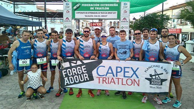 El pasado sábado 29 de julio se disputó el Campeonato de Extremadura de Triatlón Sprint. Un total de 14 triatletas del Capex participaron en él, 2 en distancia Supersprint y 12 (10 hombres y 2 mujeres) en distancia Sprint.