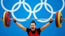 Canada's Christine Girard wins bronze in women's 63Kg weightlifting competition