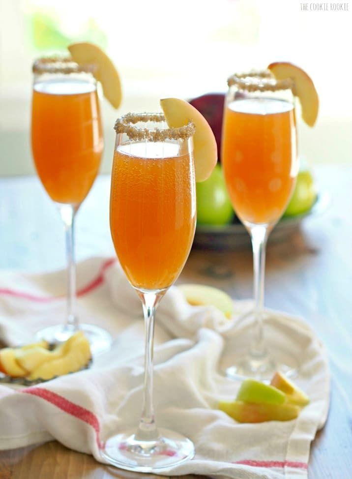 Apple Cider Mimosas. This is the best and easiest cocktail for Fall! Apple Cider loves Champagne :)   The Cookie Rookie