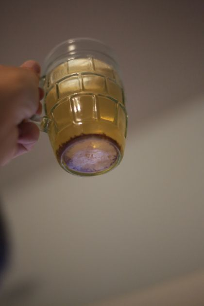 The actual BEST way to catch fruit flies!