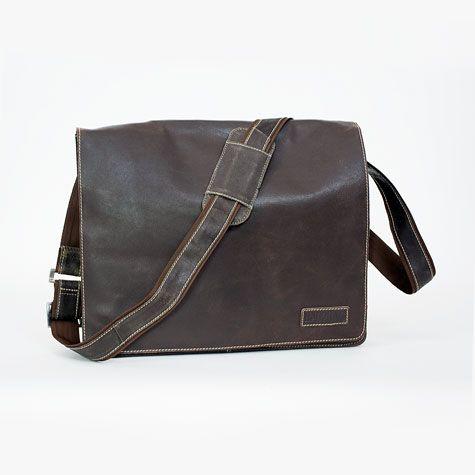 Nottingham dark brown, herentas van Bag2Bag met stoere blauwe voering
