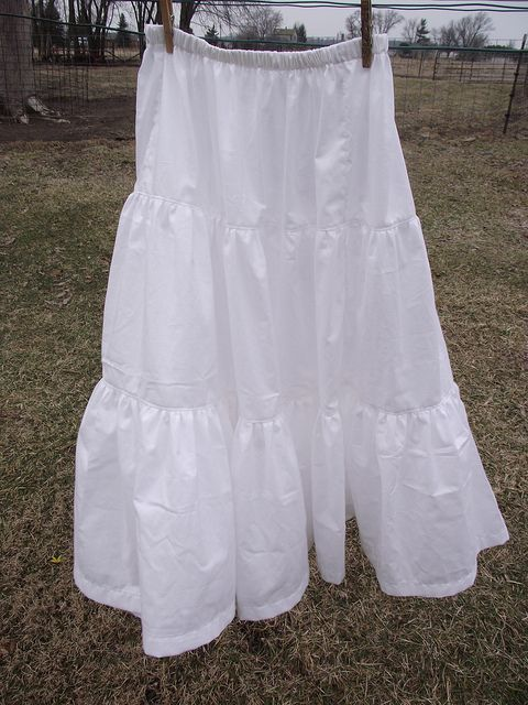 tiered skirt tutorial for women | just finished making one of these for myself and thought I would ...