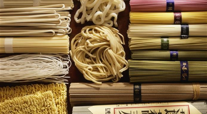 7 Types of Japanese Noodles Explained