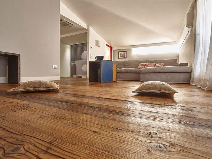 Oltre 25 fantastiche idee su arredamento antico su - Idee pavimenti casa ...