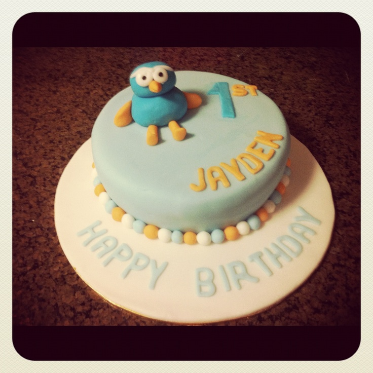 Giggle and Hoots birthday cake