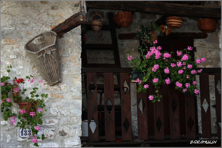 VAL COLVERA (FRIULI - ITALIA) - Borgo POFFABRO