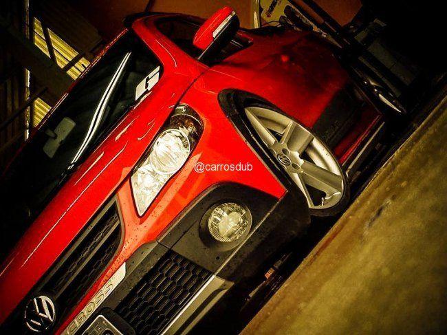 Carro: Saveiro Cross G5 Cor: Vermelha Marca da Roda: Replicas Modelo da Roda: Cross Aro: 18 Modelo Pneu:  Perfil Pneu: 205/35/r18 Demais acessórios: