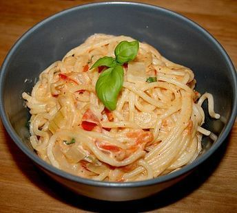 Spaghetti – tomate – feta – pan   – Pasta