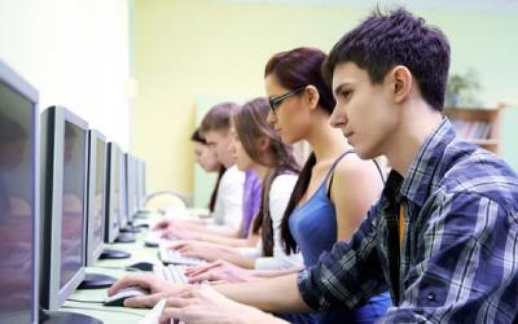 Elevii români, printre cei mai buni din lume la informatică! Patru medalii obținute la Olimpiada Internațională încheiată sâmbătă