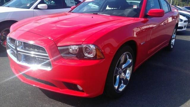 2014 Dodge Charger RT Max (Stk #:N3636)   Price: $33,185 10 miles