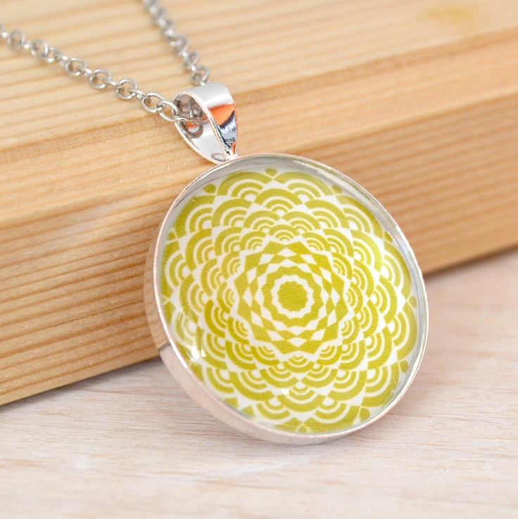 1 inch round mustard green color graphic glass pendant ...