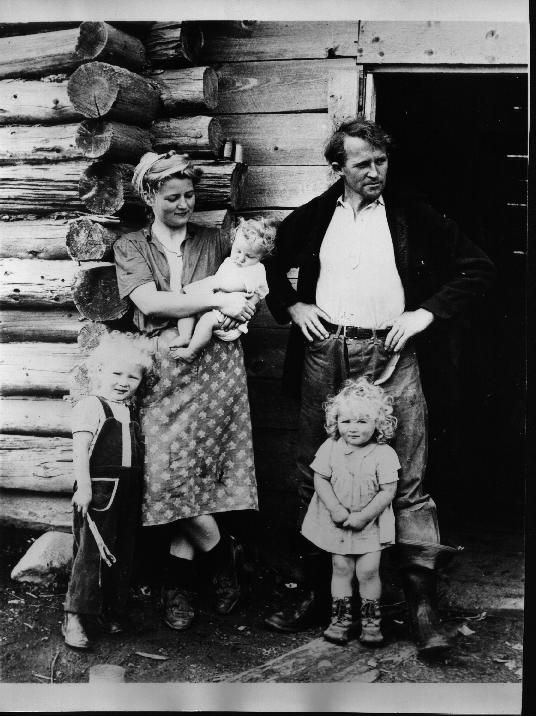 Adorable little kids - Kilcher Family - Alaska (singer Jewel grandparents)