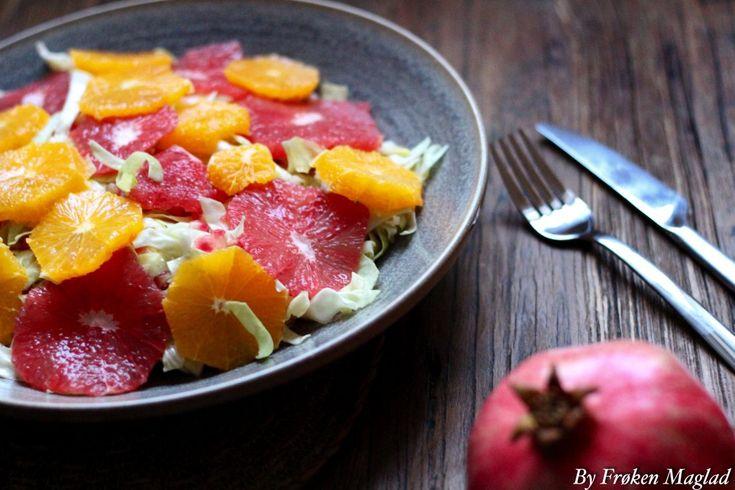 Citrussalat med granatæble og honning vinaigrette - Frøken Madglad