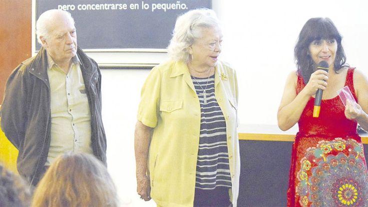 Por Natalia Muñiz La Obra Padre Mario ganó un premio para desarrollar un proyecto mediante el cual personas mayores contarán su historia a alumnos de nivel secundario a fin de acompañar el proceso de elección vocacional. Un proyecto mediante el cual personas adultas mayores con trayectoria en las artes, la ciencia, la música, entre otras …