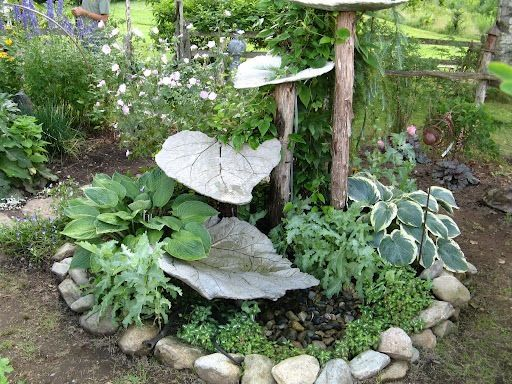 Concrete Leaf Fountain