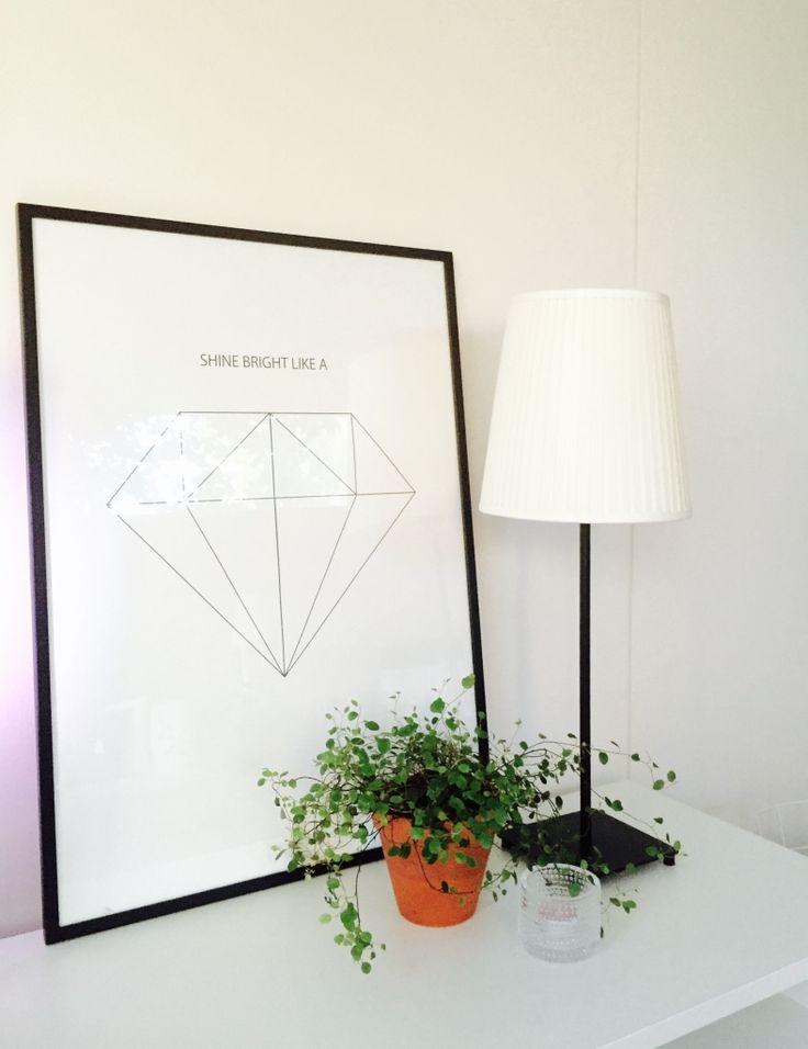 Desenion juliste, lankaköynnös, viherkasvit, olohuone