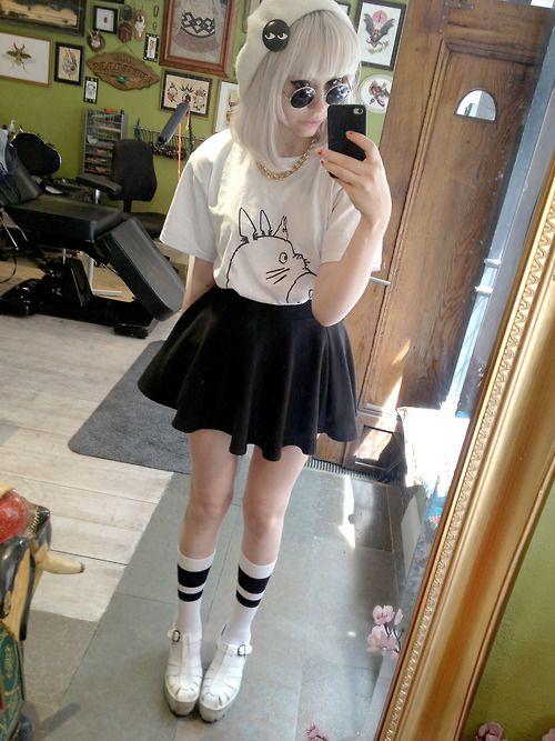 princesstrashcan:  Studio Ghibli themed outfit  Tumblr - want tshirt!!!