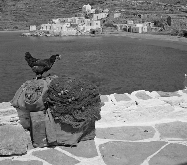 Faros, Sifnos. Photo by Dimitris Harissiadis. Benaki Museum Photographic Archive