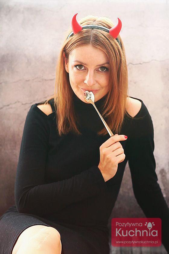 Nowe zdjęcie profilowe z okazji #halloween :)   Przepisy na Halloween: http://pozytywnakuchnia.pl/kuchnia/przepisy/okazje/halloween/  #woman  #portrait