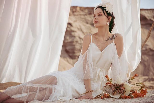 Wedding Gowns Accessories Heilibridal Bohemia And Soft Wedding Dress Inspiration Bridal Gown Inspiration Wedding Dress Inspiration Soft Wedding Dresses