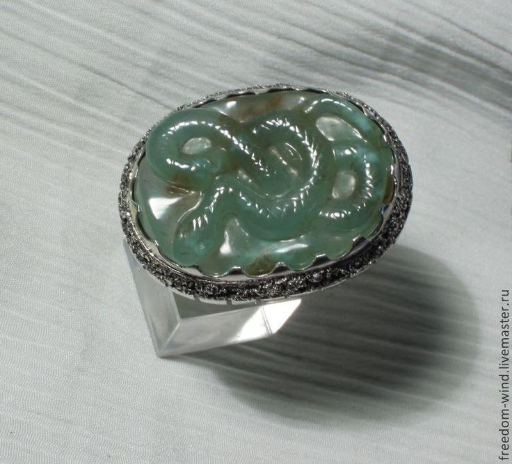 Купить Змейка на хризопразе - мятный, серебро, камея, змея, кольцо, авторская ручная работа