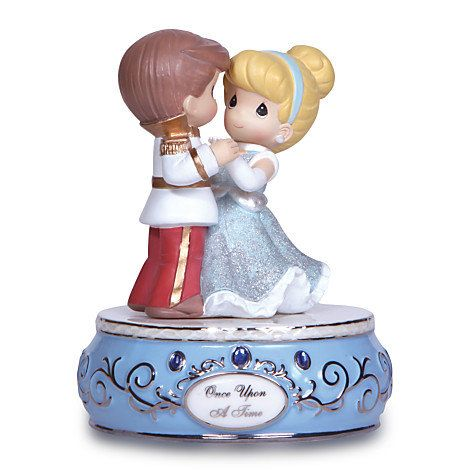 Disney Cinderella and Prince Charming Figure by Precious Moments   Disney Store
