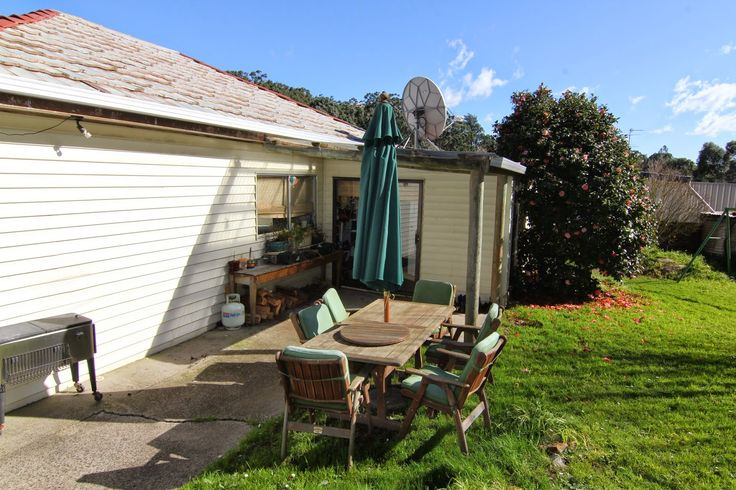 Luxaflex® Australia Blog: Selling Houses Australia – The 7 person Kongwak Co...