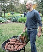 Obama Foodorama: White House Recipe: Sam Kass's Sweet Potatoes and Greens