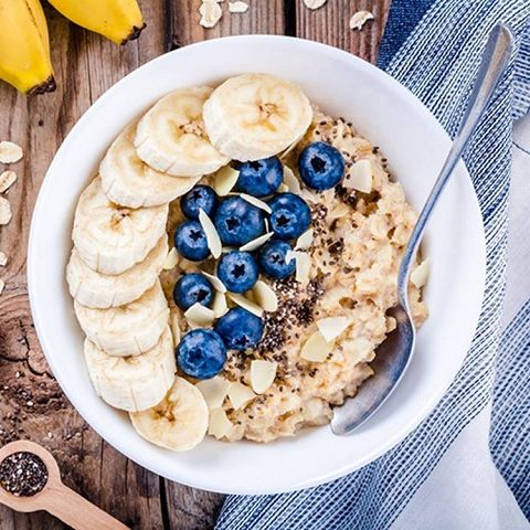 GOOD MORNING BILBERRY PORRIDGE The most delicious and healthy way to start your morning.