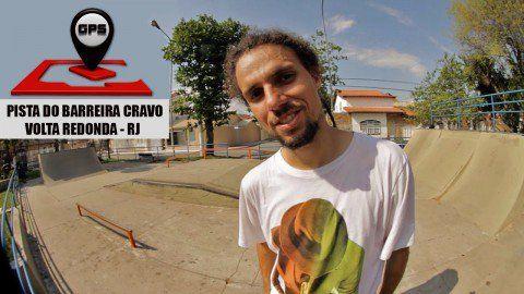 QIX GPS - Nava no Barreira Cravo - Volta Redonda - RJ - http://DAILYSKATETUBE.COM/qix-gps-nava-no-barreira-cravo-volta-redonda-rj/ - Em uma de suas visitas a casa de seus pais na cidade de Volta Redonda, interior do Rio de Janeiro, o skatista profissional Mauricio Nava aproveitou para apresentar a pista pública do Barreira Cravo, bairro onde nasceu e começou a andar de skate. Essa foi a primeira pista pública de Volta Redonda. C - Barreira, Cravo, nava, redonda, volta