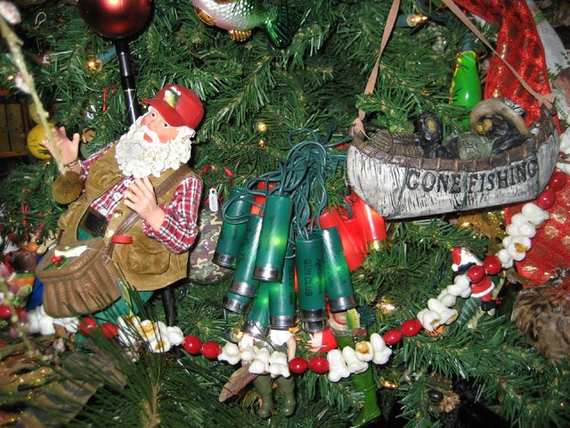 Hunting and fishing christmas ornaments 2009 hunting for Hunting and fishing gifts
