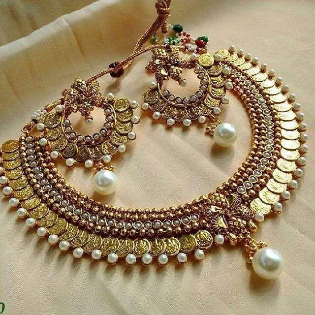 Rosamaria G Frangini | High Ethnic Jewellery | Temple jewellery