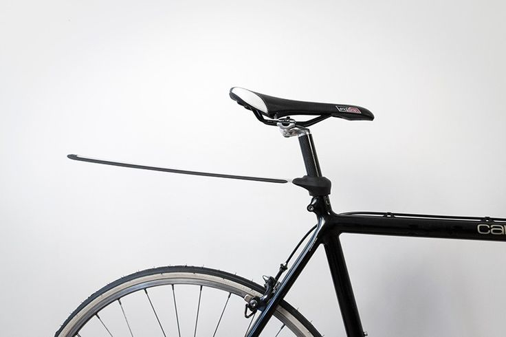 recoiling plume mudguard has got your back when cycling through the rain