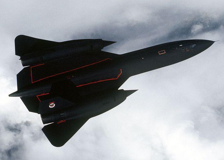 Lockheed SR-71 Blackbird High-Altitude, High-Speed Reconnaissance ...