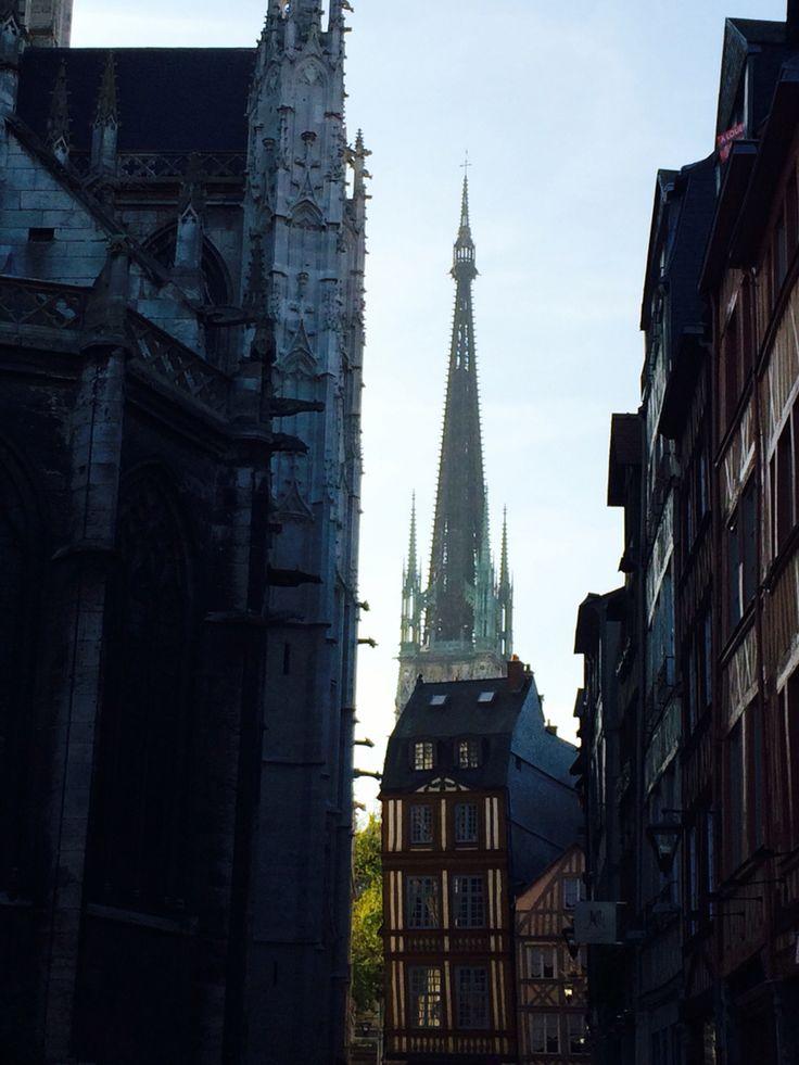 84 best Travelling Rouen - France   Rouen besuchen und bewundern - Tarif Gros Oeuvre Maison