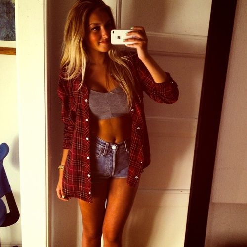 Crop + High Waisted Shorts + Flannel