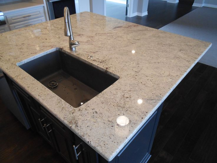 Undermount Kitchen Sink With Tile Countertop