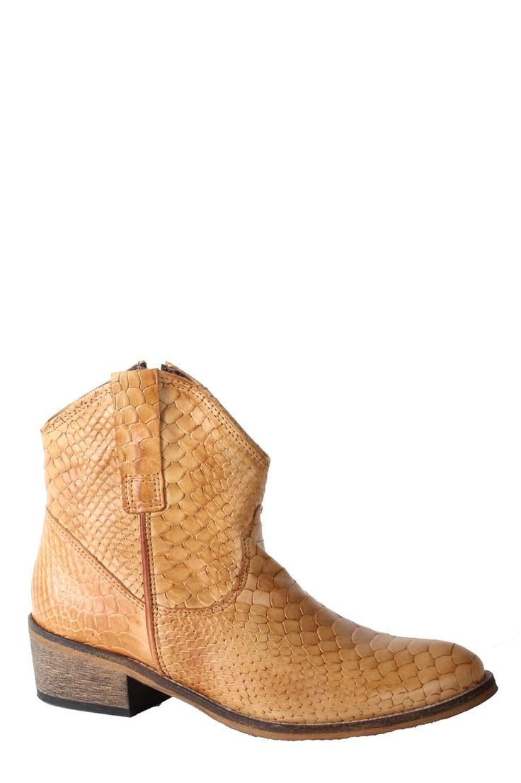 Camel kleurige enkellaars met slangenprint van Online Shoes 9995