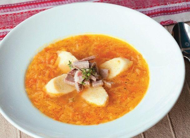 Kysucká polievka z kvaky s krupicovými haluškami