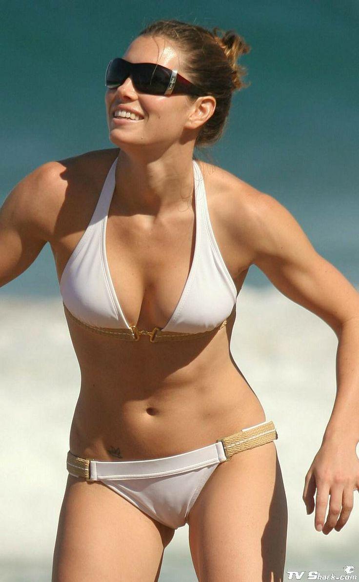 jessica-biel-in-a-bikini