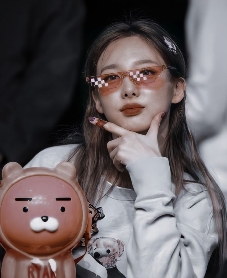 Kpop Girl Groups, Kpop Girls, J Hope Tumblr, Twice Album, Chaeyoung Twice, Nayeon Twice, Twice Kpop, Twice Sana, Im Nayeon
