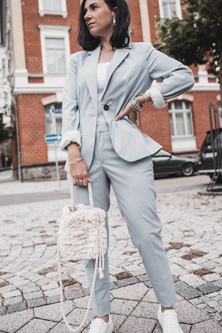 Lässig, elegant, souverän : das sind Hosenanzüge für Frauen – Julies Dresscode | Fashion Trends, Outfits & Streetstyles