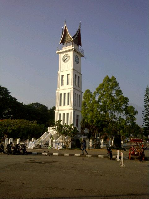 Jam Gadang di Bukit Tinggi, Sumatera Barat