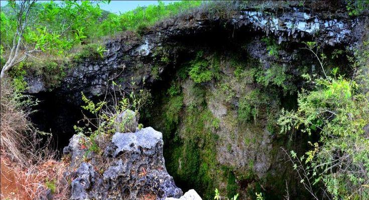 Luweng Ombo Pemandangan Perut Bumi di Jawa Timur - Jawa Timur
