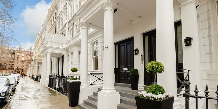 London Accommodation Kensington - Luxury serviced apartments offering a perfect alternative to a hotel or short stay in Kensington. Book Online Now!