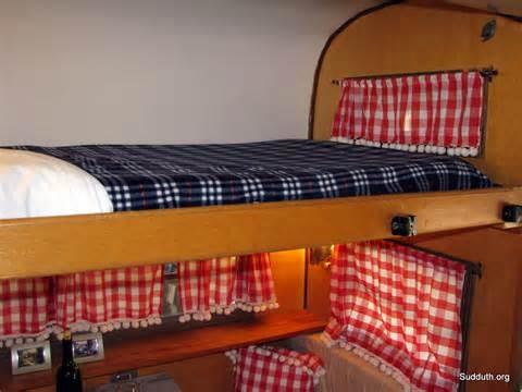 Vintage Travel Trailer Bunk Bed Glamping Vintage Travel