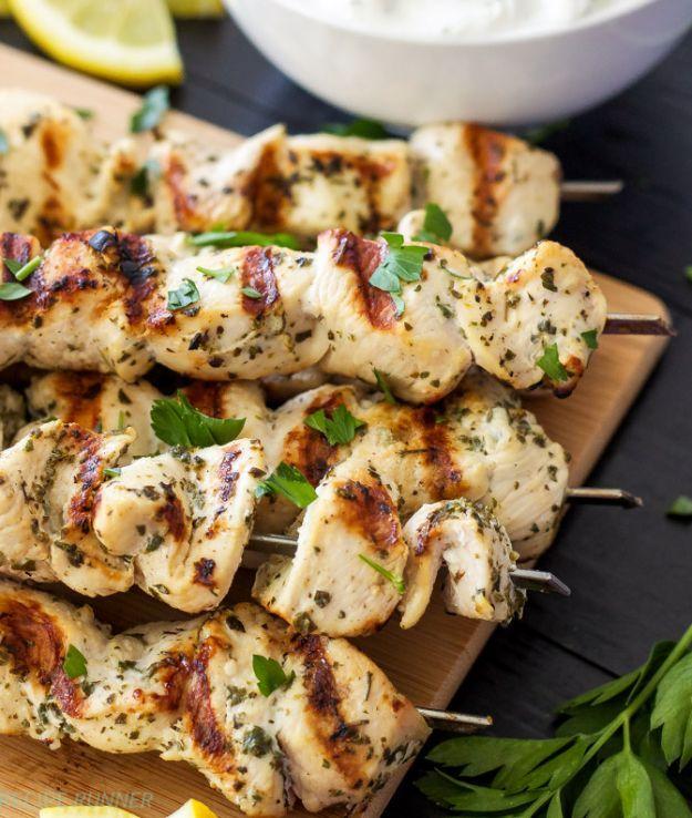 12 Great Ideas For A Modest Backyard: 25+ Best Ideas About Backyard Party Foods On Pinterest