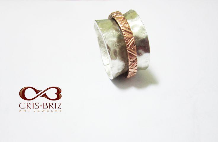Spinner ring by Cris Briz