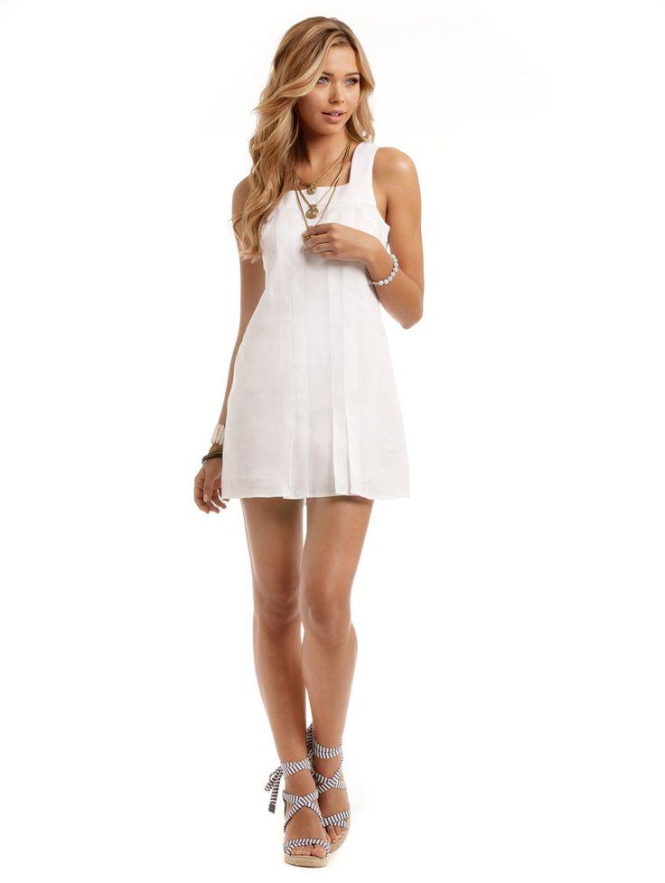 Long white linen dresses for resorts