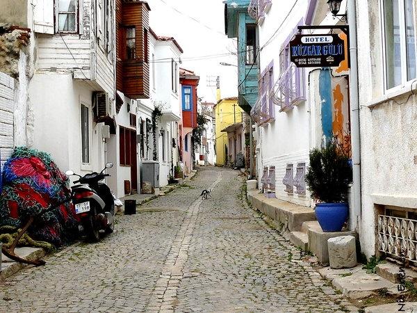 Streets Of Bozcaada by ~NiLeRkmEN on deviantART